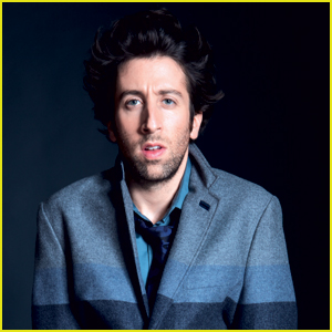 Simon Helberg Jokes On How Girls Inspired Him to Act
