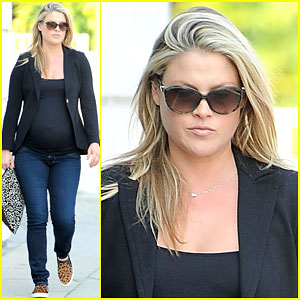 Pregnant Ali Larter is Deciding Between Three Different Diets to Lose Baby Weight