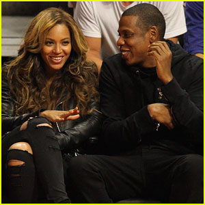 Beyonce & Jay Z Can't Stop Laughing at the Clippers Vs Nets Game