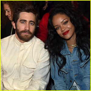 Rihanna & Jake Gyllenhaal Sit Front Row at NYC Boxing Event