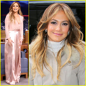 Jennifer Lopez Shows Off Some Cleavage on 'The Tonight Show'