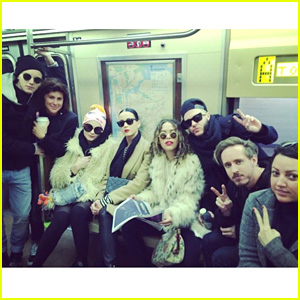 Katy Perry Rides NYC Subway to Ring in 2015 with Rita Ora