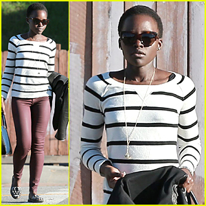 Lupita Nyong'o Grabs Lunch Before SAG Awards 2015