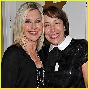 Olivia Newton-John & Didi Conn Have 'Grease' Reunion in Vegas!