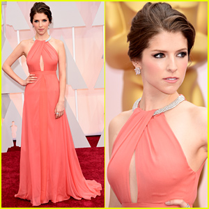 Anna Kendrick Brings the Glamour to Oscars 2015 Red Carpet