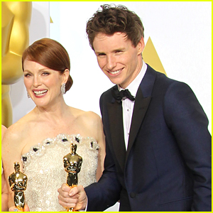 Eddie Redmayne & Julianne Moore Once Did an Incestuous Sex Scene - Watch Now!