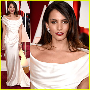 Genesis Rodriguez: 'Big Hero 6' WINS Best Animated Feature at Oscars 2015