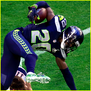 Jeremy Lane Intercepts Tom Brady's Throw - Watch Recap from Super Bowl 2015!