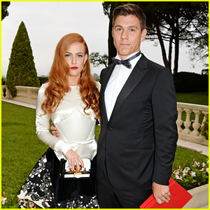 Riley Keough Is Married to Ben Smith-Petersen!