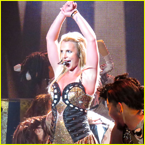 Britney Spears' Hair Extensions Fall Out While Performing - Watch Now