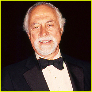 Famed 'Odd Couple' Director Gene Saks Dies at 93