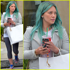 Hilary Duff Debuts New Turquoise Blue Hair Color (Photos)