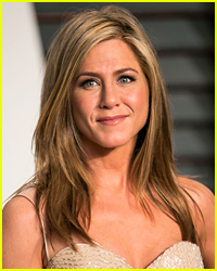 Drunk Driver Crashes Onto <b>Jennifer Aniston's</b> Front Lawn | <b>Jennifer Aniston</b> <b>...</b> - jennifer-aniston-wont-cut-her-hair-pixie