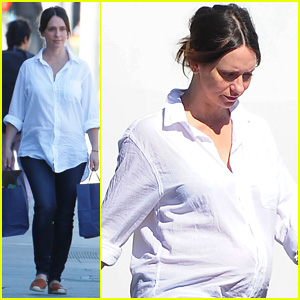 Jennifer Love Hewitt Shows Off Growing Baby Bump in WeHo