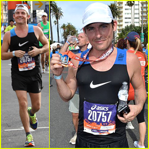 Kevin Zegers Completes the LA Marathon in Support of 2 Great Charities!