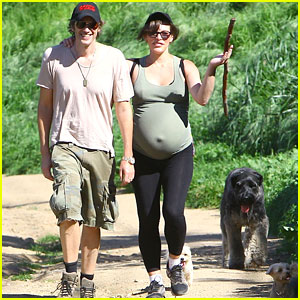 Pregnant Milla Jovovich Shows Off Her Growing Baby Bump While Rocking Another Hike