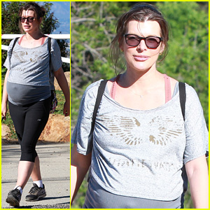 Pregnant Milla Jovovich Enjoys Week Full of Hikes Before Birth