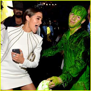Nick Jonas Gets Slimed & Attempts to Hug Girlfriend Olivia Culpo at Kids' Choice Awards 2015