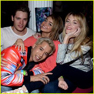Celebrity influences a teens attitude behavior