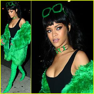 Rihanna Responds to Latest R8 Album News: 'LIES!!!!'