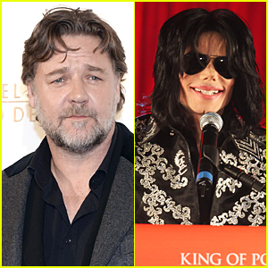 Russell Crowe Says Michael Jackson Prank Called Him For Over Two Years!