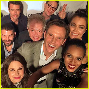 'Scandal' Cast Takes an Epic Selfie at PaleyFest 2015 Panel!