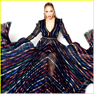 Jennifer Lopez Has Some Epic Poses for Latest 'Idol' Dress