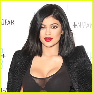 Kylie Jenner Challenge Is Making Headlines - See These Crazy Lip Pics