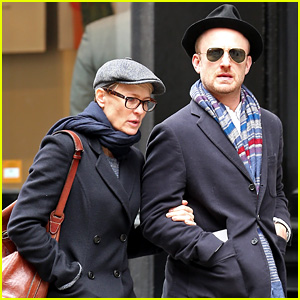 Robin Wright Takes NYC Birthday Stroll With Ben Foster