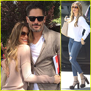 Sofia Vergara & Joe Manganiello Cuddle Up During Their First Easter Together