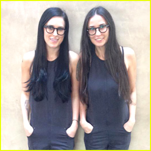 Demi Moore & Rumer Willis Are Twin
