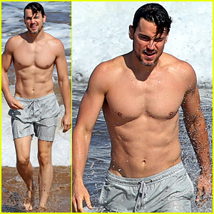 Matt Bomer Shows Off His Soaking Wet Shirtless Six Pack