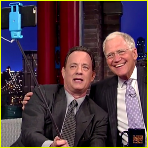 Tom Hanks Teaches David Letterman to Use a Selfie Stick in Final 'Late Show' Appearance (Video)