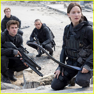 Jennifer Lawrence Shares First Look Pic from 'Hunger Games: Mockingjay - Part 2'!