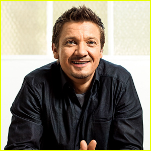 Jeremy Renner Responds to Rumors That