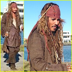 Johnny Depp Channels Jack Sparrow For Sweet Fan Encounter