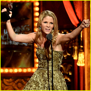 Kelli O'Hara Wins 1st Tony Award After 6 Nominations Over the Years - Watch Her Acceptance Speech!