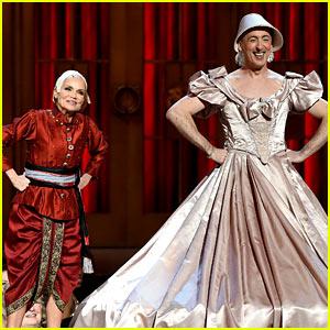 Kristin Chenoweth & Alan Cumming Spoof 'King & I' at Tony Awards 2015! (Video)