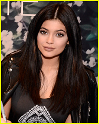 Kylie Jenner Posts Self-Tanning Selfie Fail