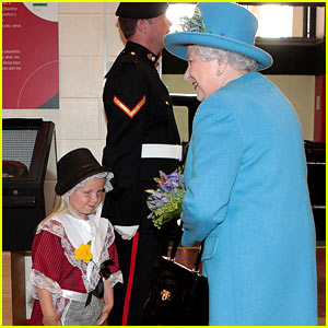 Little Girl Gets Smacked in Face After Meeting Queen Elizabeth