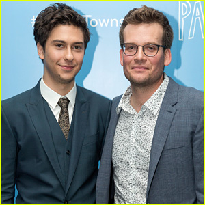 Nat Wolff Surprises Fans With John Green at 'Paper Towns' London Event (Exclusive Photos)
