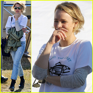 Rachel McAdams Protests Offshore Drilling With Jane Fonda