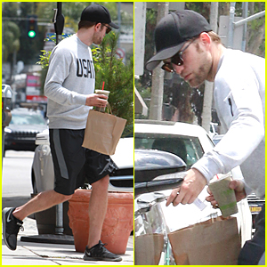 Robert Pattinson Tries to Go Unnoticed at Naturewell