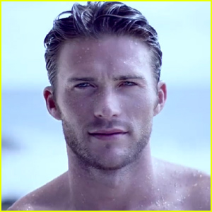 Scott Eastwood Goes Shirtless For New Davidoff Campaig