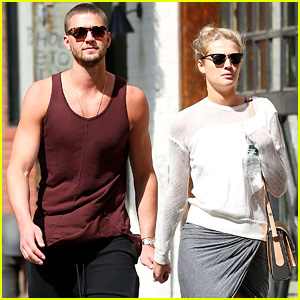 Toni Garrn & NBA Player Chandler Parsons: New Coulple Alert!