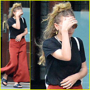 Ashley Olsen Steps Out in NYC Amidst 'Fuller House' Rumors!