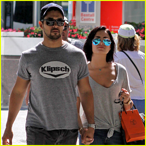 Demi Lovato & Wilmer Valderrama Walk Hand-in-Hand After Confirming They Aren't Engaged