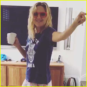 Kate Hudson Slays the National Anthem For Independence Day - Watch Now!