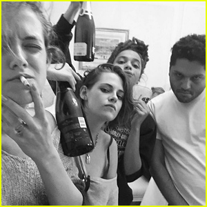 Kristen Stewart Hangs Out in Paris with BFF Riley Keough!