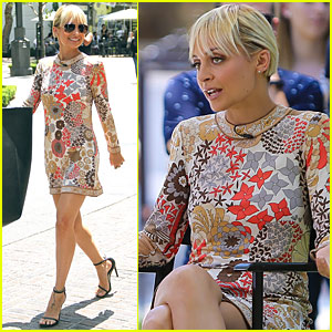 Nicole Richie Shows Off Her Wacky Sense of Humor in 'Candidly Nicole' Clip